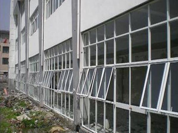 陕西彩钢门窗制作